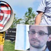 Les Verts et Mélenchon pour accueillir Snowden
