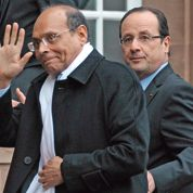 Hollande appuie la transition en Tunisie