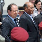 À Tunis, Hollande pointe l'échec de Morsi