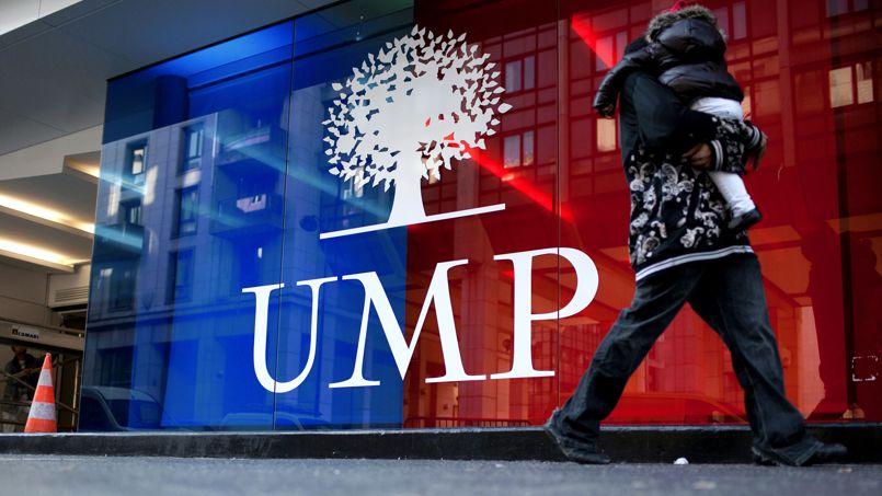 Devant le siège de l'UMP, rue de Vaugirard, à Paris.