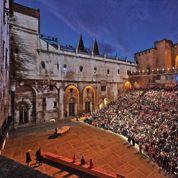 Avignon face à ses contradictions