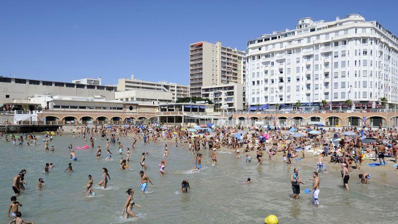Le nombre de baigneurs est limité à 1000 sur la plage des Catalans.