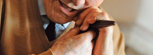 Solitude des personnes âgées: un défi social