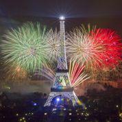 Feu d'artifice: Paris fête la République