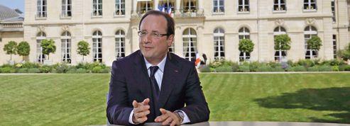 Hollande ne rassure pas une majorité en plein doute