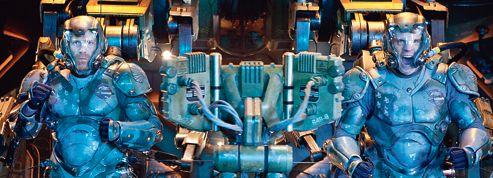 Pacific Rim : Del Toro s'amuse avec les robots