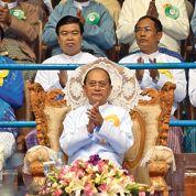 Le «Gorbatchev birman» reçu à l'Élysée