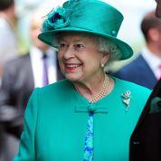 «Royal baby» : même la reine s'impatiente