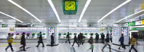 La gare de Shinjuku, miroir troublant du Japon