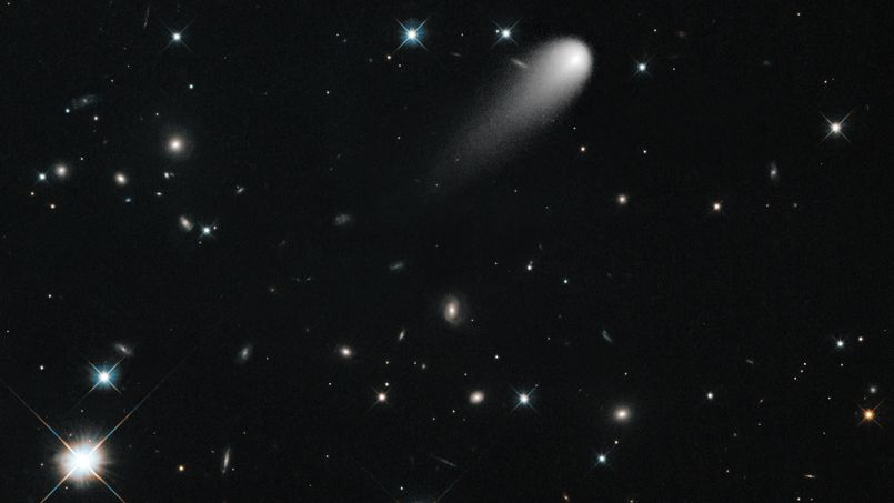 La comète ISON sème du dioxyde de carbone sur son passage PHO935c0730-f473-11e2-8583-97f10ddf409f-805x453