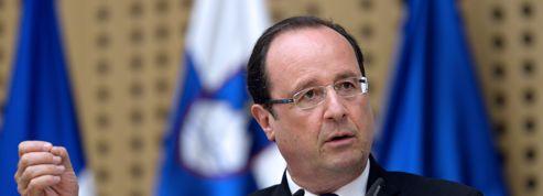 Hollande voit la «sortie de récession» pour l'UE