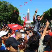 Meurtre de Brahmi : les Tunisiens dans la rue