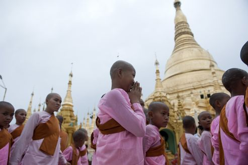 Quand les bouddhistes célèbrent le Dharma