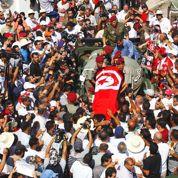 La Tunisie enterre le député de gauche tué