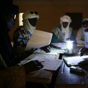 Le Mali dans l'attente fébrile de son président