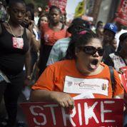 Des salariés des fast-foods en grève