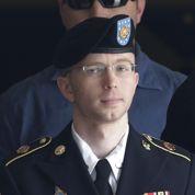 WikiLeaks : Manning échappe au pire