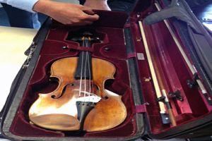 Le Stradiv...pa class=