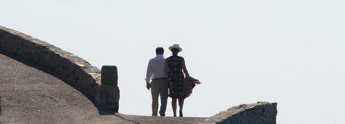 «L'opinion publique n'autorise plus les politiques à partir en vacances»