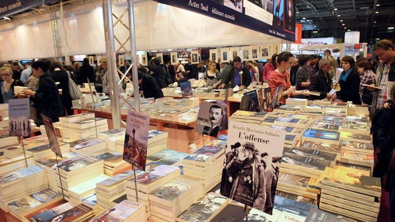 Le Salon du livre attire près de 200.000 visiteurs chaque année à Paris.