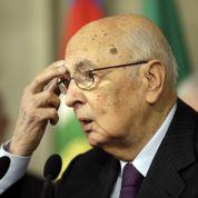 Italie: Napolitano tente d'enrayer la crise