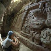 Une frise maya mise au jour au Guatemala