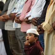 Les musulmans fêtent l'Aïd-el-Fitr