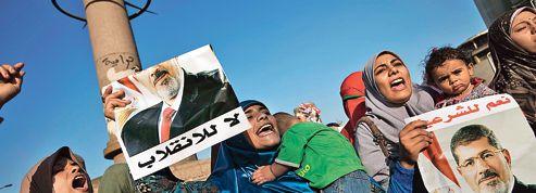 Au Caire, les islamistes attendent l'assaut