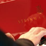 John Paulson en passe de s'offrir Steinway