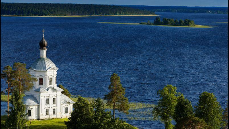 L'île de Stolobny sur le lac Seliger abrite jalousement le monastère de Nilov.