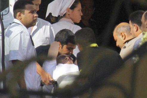 Égypte : Hosni Moubarak aquitté la prison
