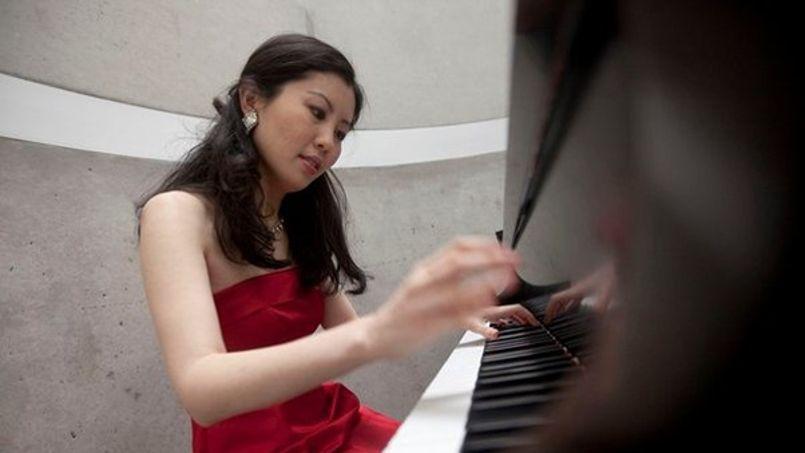 Lors des concours internationaux de musique classique, l'impression visuelle différencie  les meilleurs musiciens (ici Yeol Eum Son au XIVe concours Tchaïkovski).