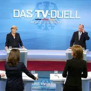 Allemagne : Steinbrück tient tête à Merkel