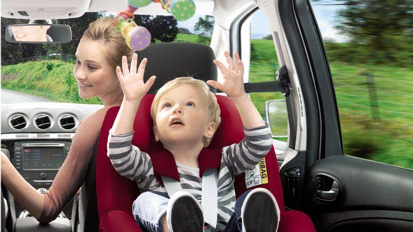 Reglementation siege auto voiture 2 places for Siege auto obligatoire