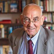 Max Gallo: «En histoire, la chronologie est le soclede tout»