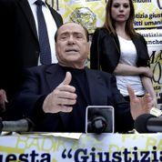 Berlusconi joue sa place au Sénat italien