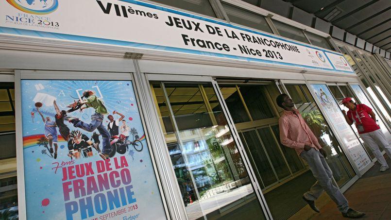 Plus de 50 nations venues des cinq continents participent aux Jeux de la Francophonie, qui mêlent notamment compétitions sportives et concours culturels.