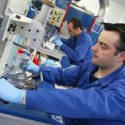 Hollande inaugure une usine de Bolloré
