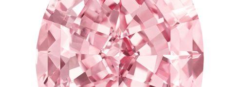 Un diamant pur de 60 millions de dollars aux enchères