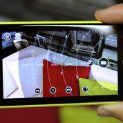 Smartphones: le match des gros capteurs