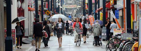 Le Japon ose une hausse impopulaire de la TVA