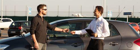 Aéroports: voitures à louer entre voyageurs