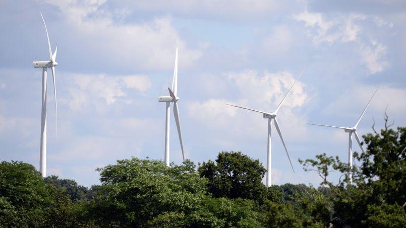 Pour le tribunal, «le                       caractère tout à fait inhabituel, permanent et                       rapidement insupportable des éoliennes crée un                       préjudice                       dépassant les inconvénients normaux de voisinage,                       constituant une violation du droit de propriété».