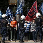Grèce: Aube dorée échappe à ses censeurs