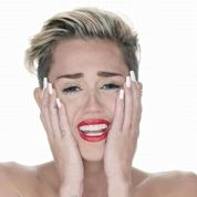 Sinéad O'Connor sermonne Miley Cyrus