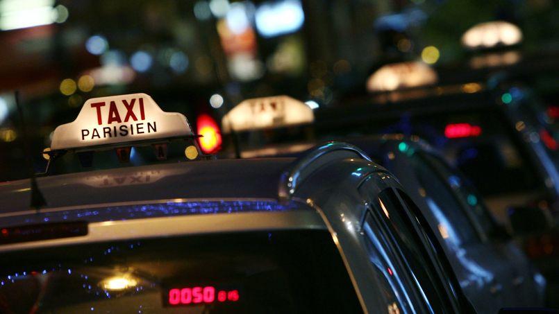 1000 taxis en plus paris aux heures de pointe. Black Bedroom Furniture Sets. Home Design Ideas