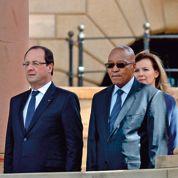 Pretoria: Hollande «sur les pas de Mitterrand»
