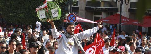 Tunisie : le gouvernement s'engage à démissionner