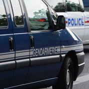 Les gendarmes à court de finances