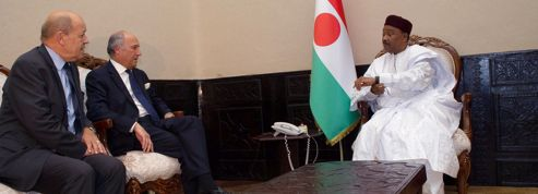 Le président nigérien homme-clé de la libération des otages